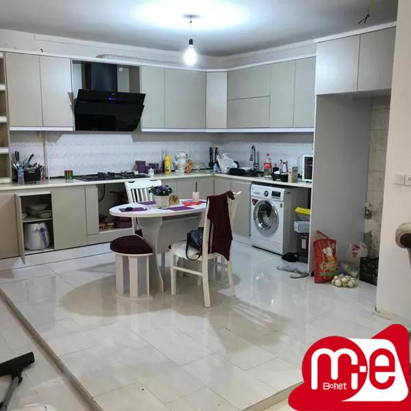 آپارتمان ۱۳۰ متری سه خواب خیابان آذر